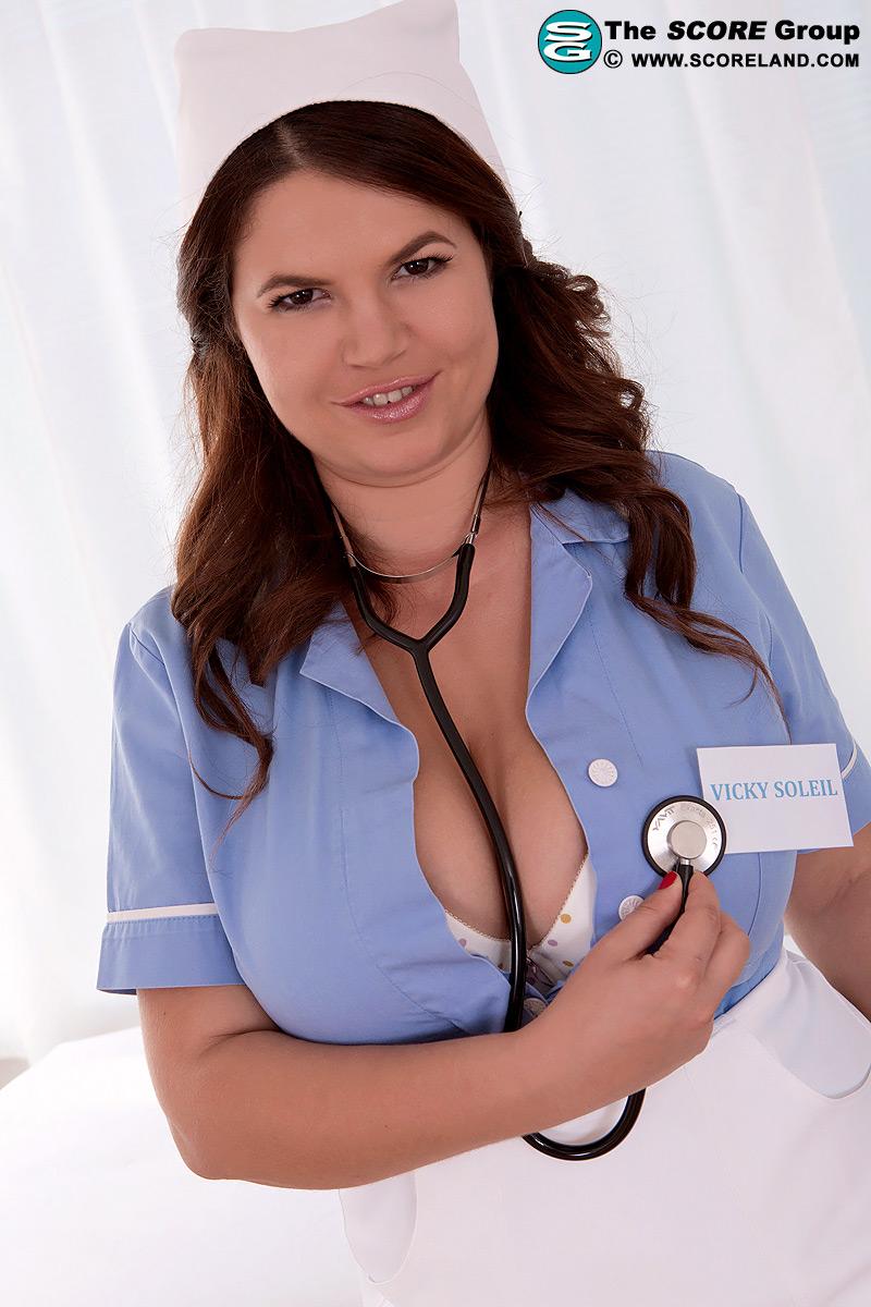 Porn pics of Nurse Big Tits Assturbation - Nylon Babes